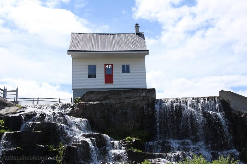 Canada - Chicoutimi - Petite maison blanche