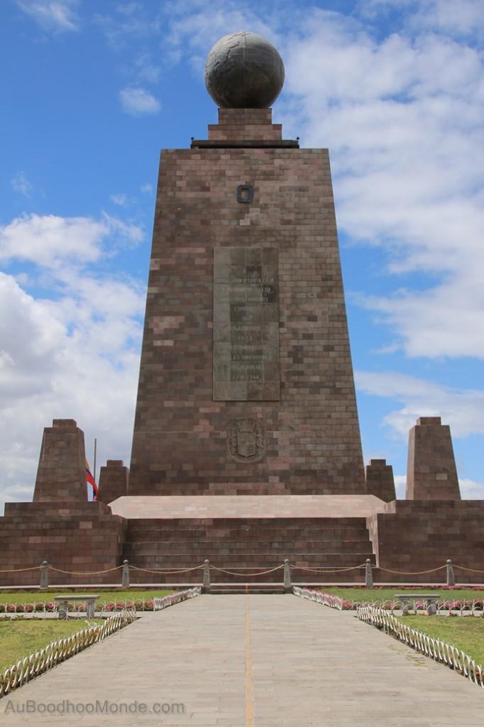 Equateur - Mitad del Mundo monument