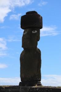 Ile de Paques - Moai aux yeux de corail blanc