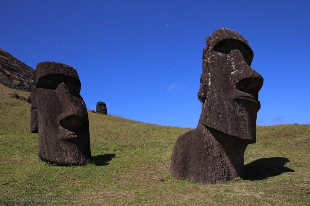 Ile de Paques - Rano Raraku -Moai