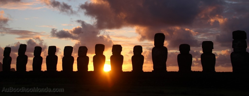 Ile de Paques - Tongariki Sunrise