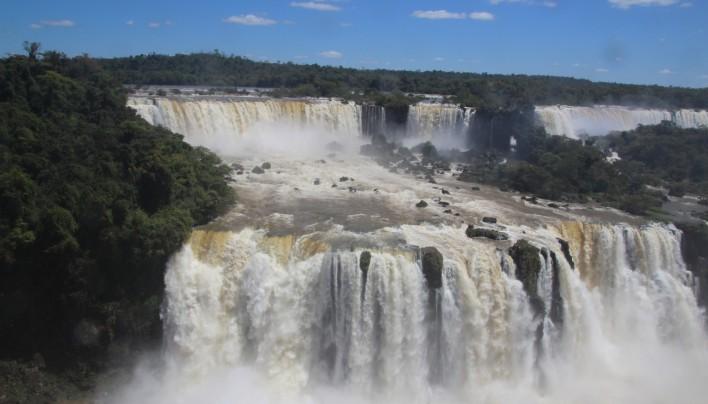 Les puissantes chutes d'Iguazu