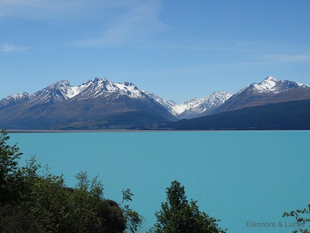 Bleu du lac Pukaki Nouvelle-Zelande