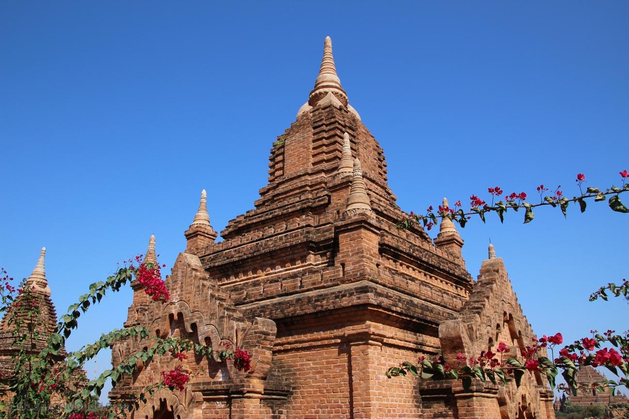 Myanmar - Bagan - Stupa