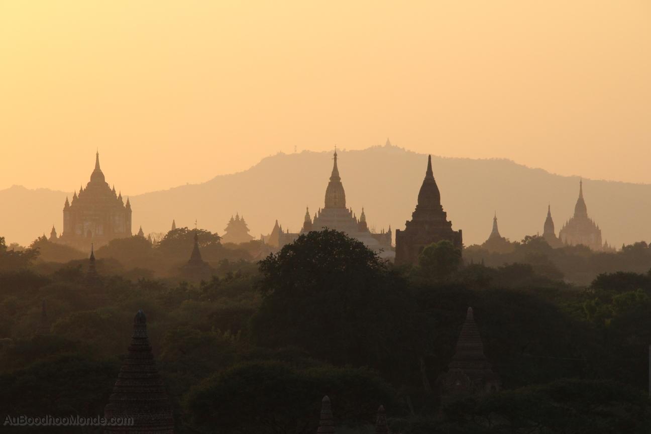 Myanmar - Bagan soleil couchant