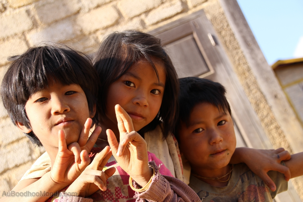 Myanmar - Enfants Villages
