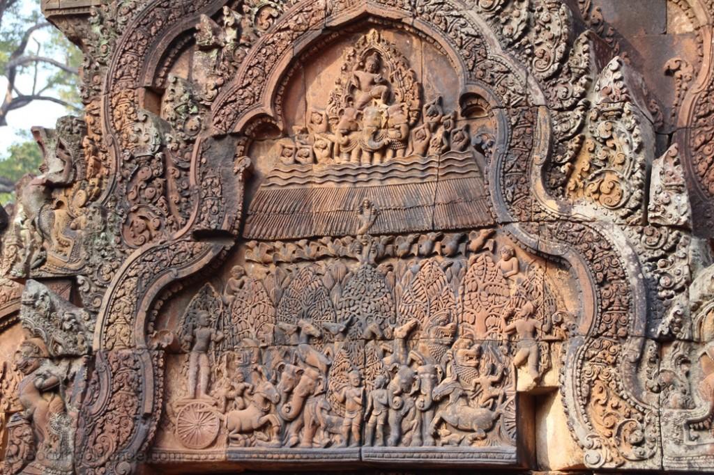 Cambodge - Angkor - Fines sculptures Banteay Srei