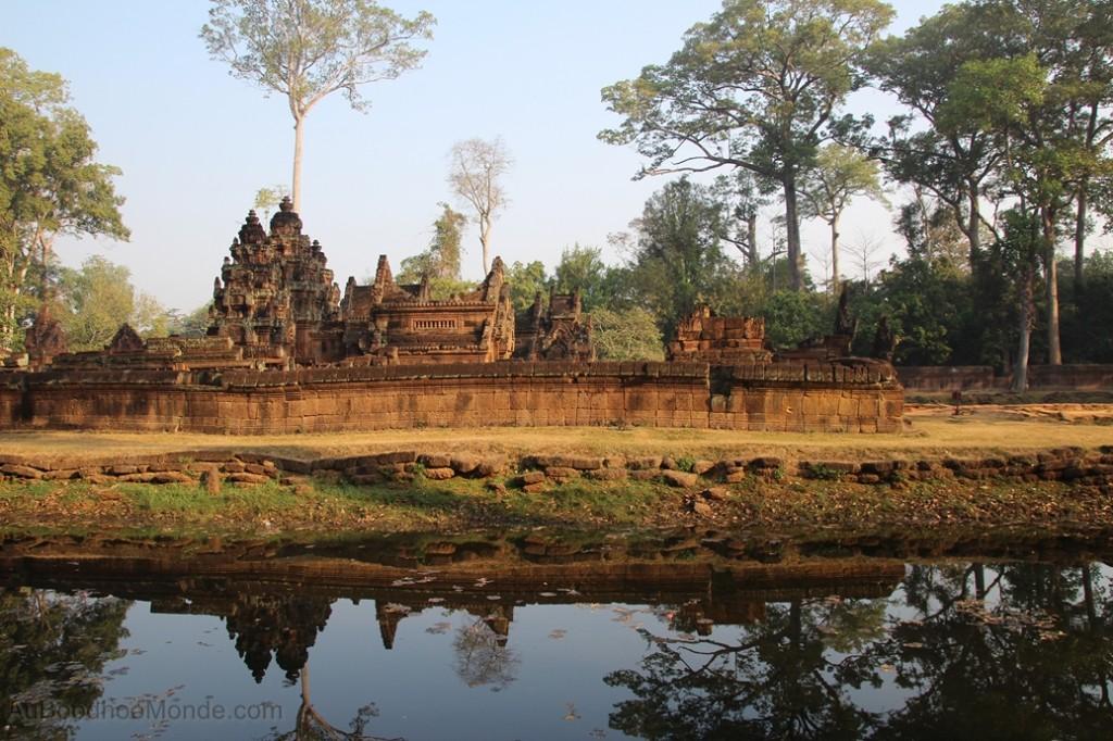 Cambodge - Angkor Banteay Srei reflet