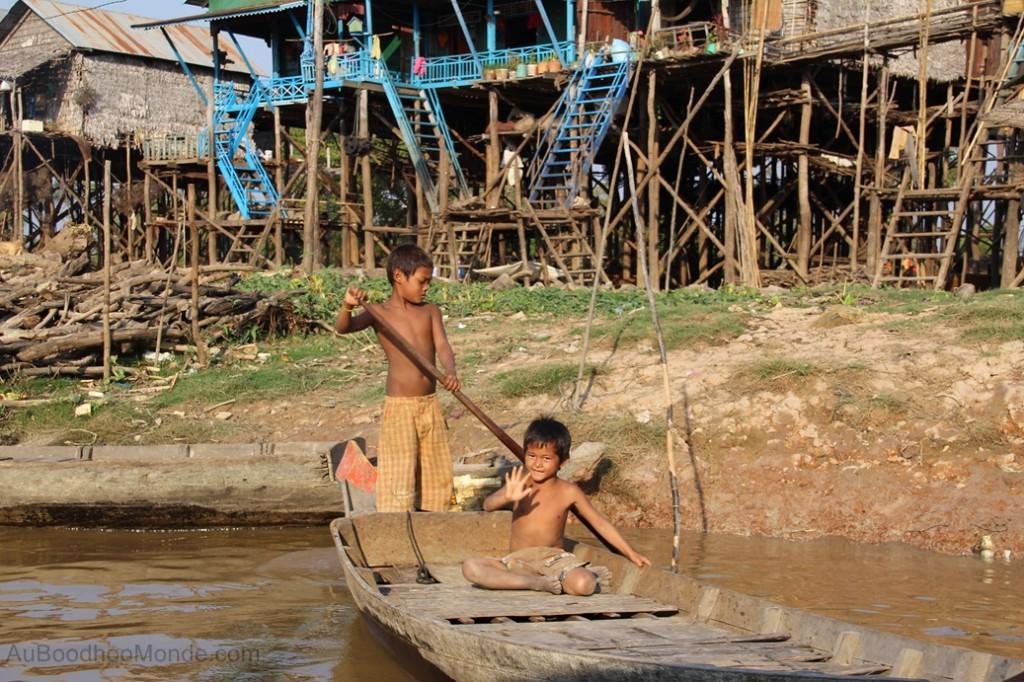 Cambodge - Angkor Kampong Phluk bateau