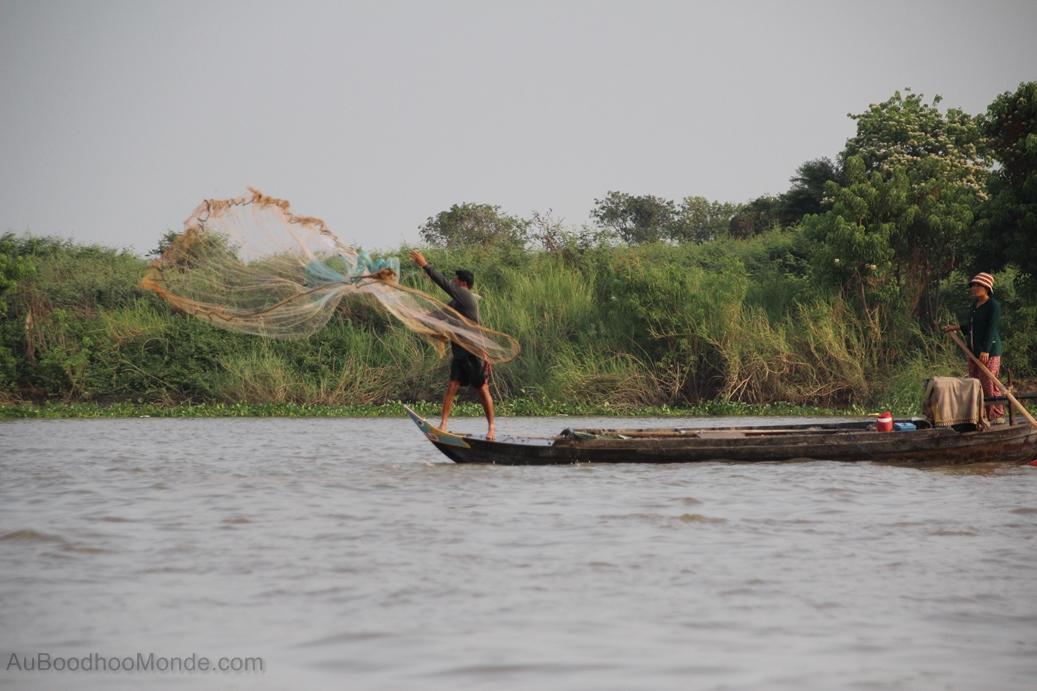 Cambodge - Pecheur Village flottant