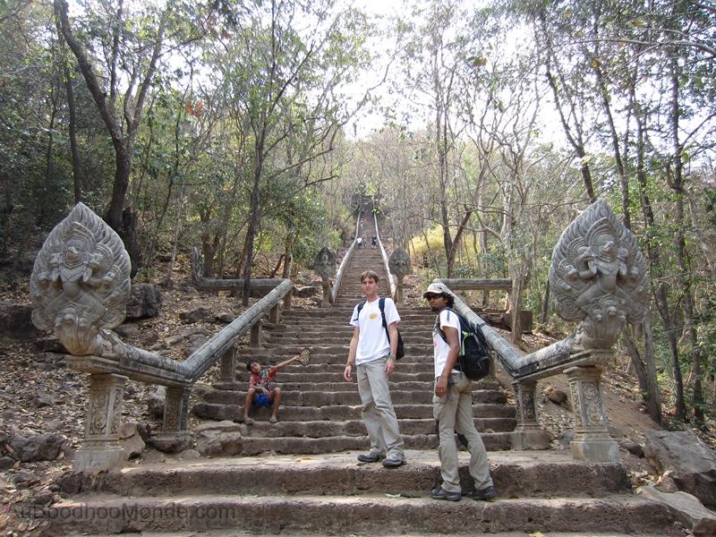 Cambodge - Phnom Banan Escaliers