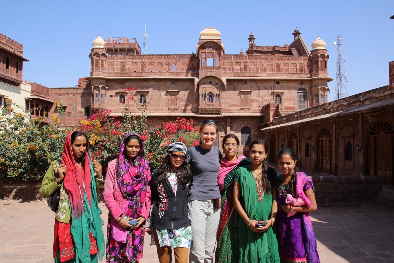 Inde - Rajasthan - Fort Pokran - Indiennes