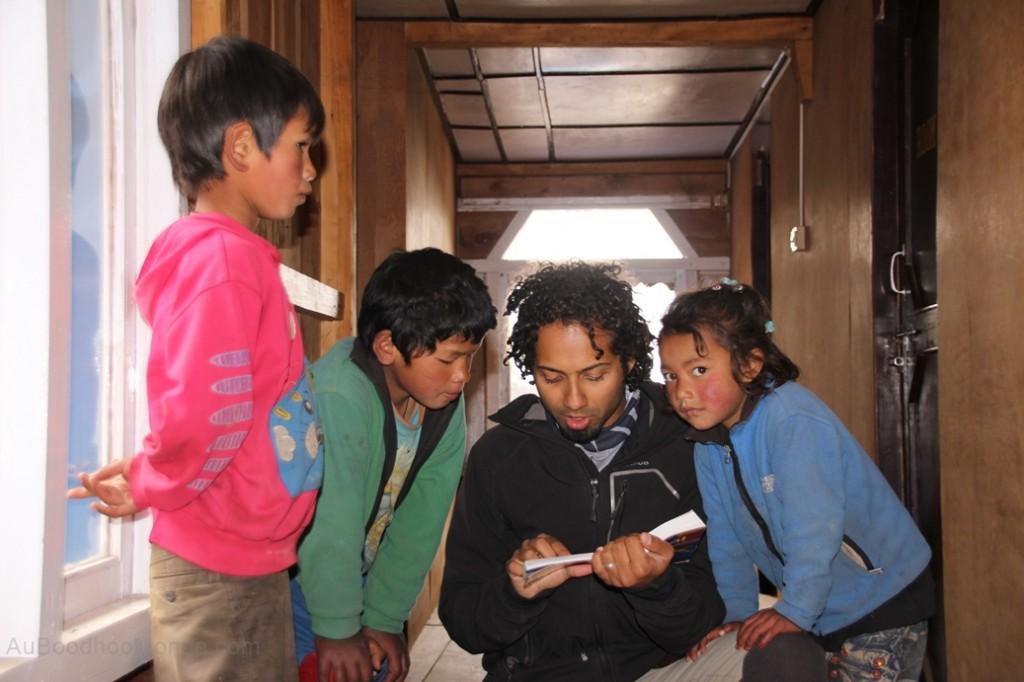 Apprendre le Nepalais en voyage