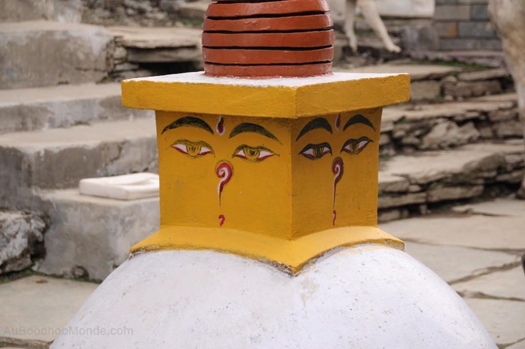 Ghorepani petite stupa